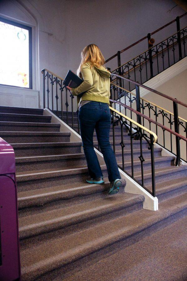 A+way+to+beat+the+Freshman+15+is+to+take+the+stairs+instead+of+the+elevator%2C+though+some+buildings+like+Bibb+Graves+Hall+dont+give+you+an+option.
