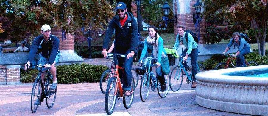Students+with+the+Shoals+Cycling+Initiative+ride+their+bikes%0Anear+Harrison+Plaza+fountain+Nov.+1.%0A