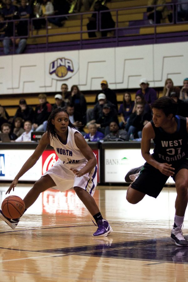 Senior guard Jasmine Horne prepares to make a move on a defender during last nights game against West Florida.