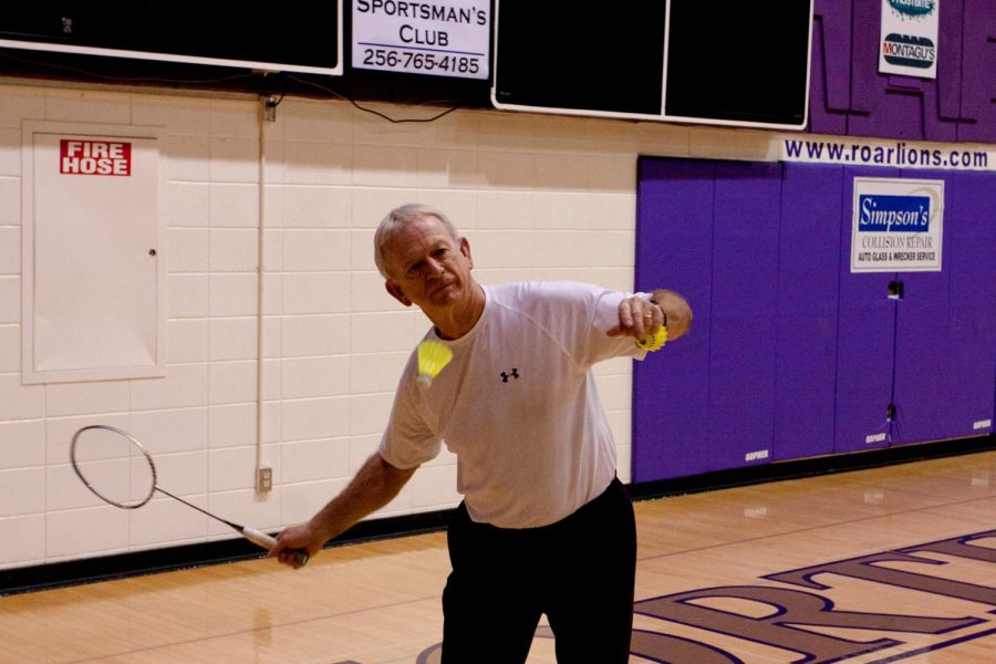 Noel+McBrayer+takes+his+Olympic+talent+to+UNA+to+teach+students%0Athe+game+of+badminton.%0A