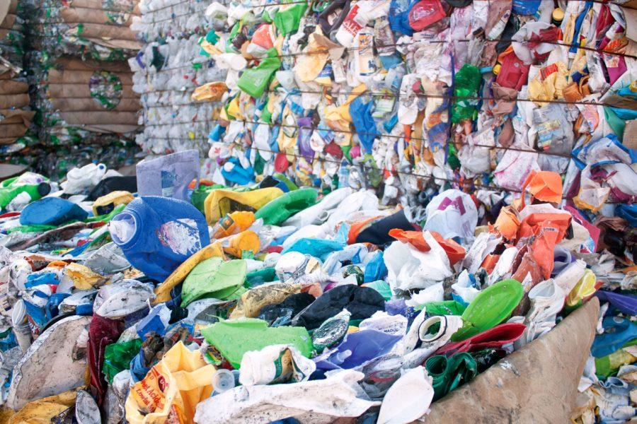 Recyclable+items+wait+to+be+processed+at+the+Florence+Recycling+Center.+UNA+and+the+recycling+center+have+partnered+together+through+a+grant+to+increase+recycling+and+recycling+education.%0A