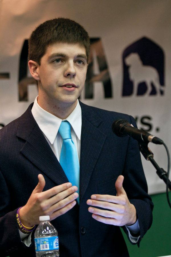 Will+Riley%2C+the+newly+elected+SGA+president%2C+argues+his+platform+at+the+SGA+Presidential+Debate+this+year.%C2%A0%0A