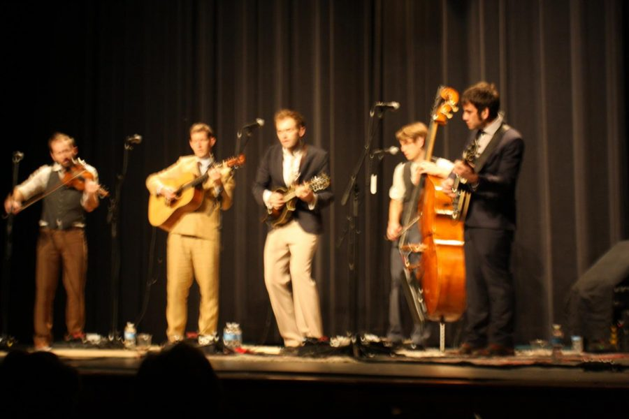 The+Punch+Brothers%E2%80%99+new+album%2C+%E2%80%9CAhoy%21%E2%80%9D+is+set+to+release+Nov.+13.%0A