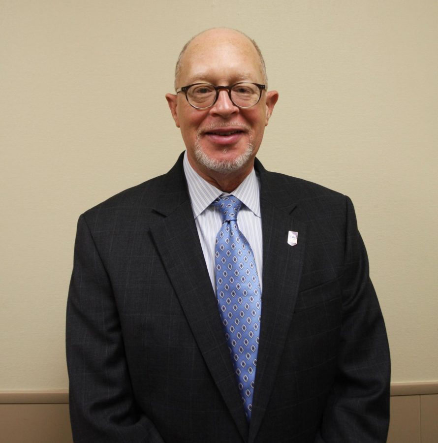Dr.+Thomas+Calhoun%2C+current+associate+vice+president+for+academic+affairs%2C+has+been+promoted+to+vice+president+for+enrollment+management.+Calhoun+will+assume+his+new+position+in+January.%0A