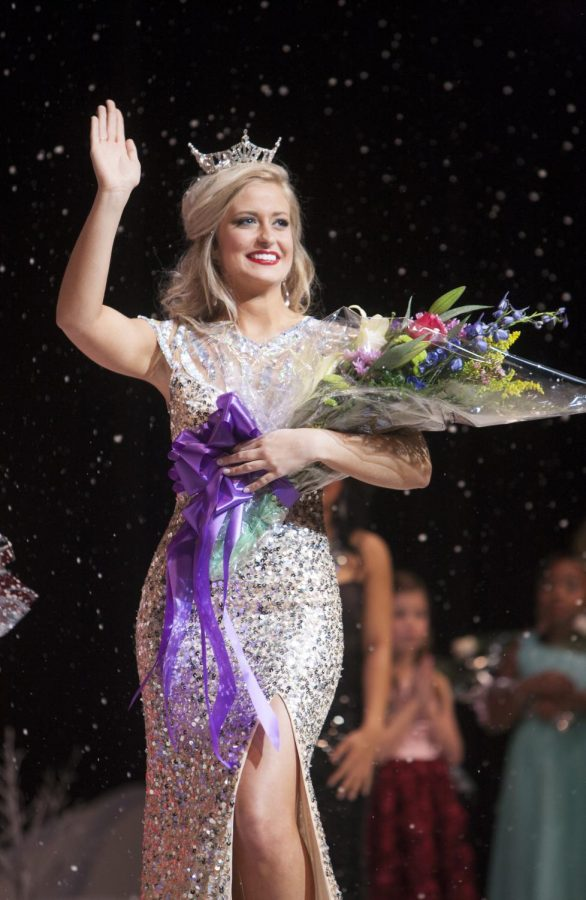 Rachel+Wammack+waves+to+the+audience+after+she+was+crowned+%22Miss+UNA.%22+The+Miss+UNA+Pageant+was+held+on+January+24%2C+2015+in+Norton+Auditorium.