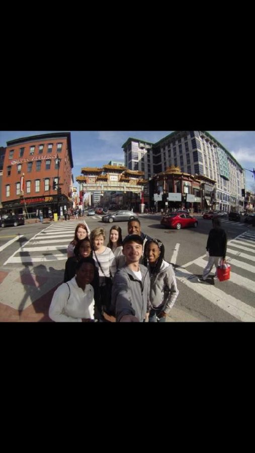 UNA students pose in Washington, D.C. during the 2015 spring break trip. The group focused on homelessness and poverty, said Coordinator of Leadership and Volunteerism Bethany Oliver.