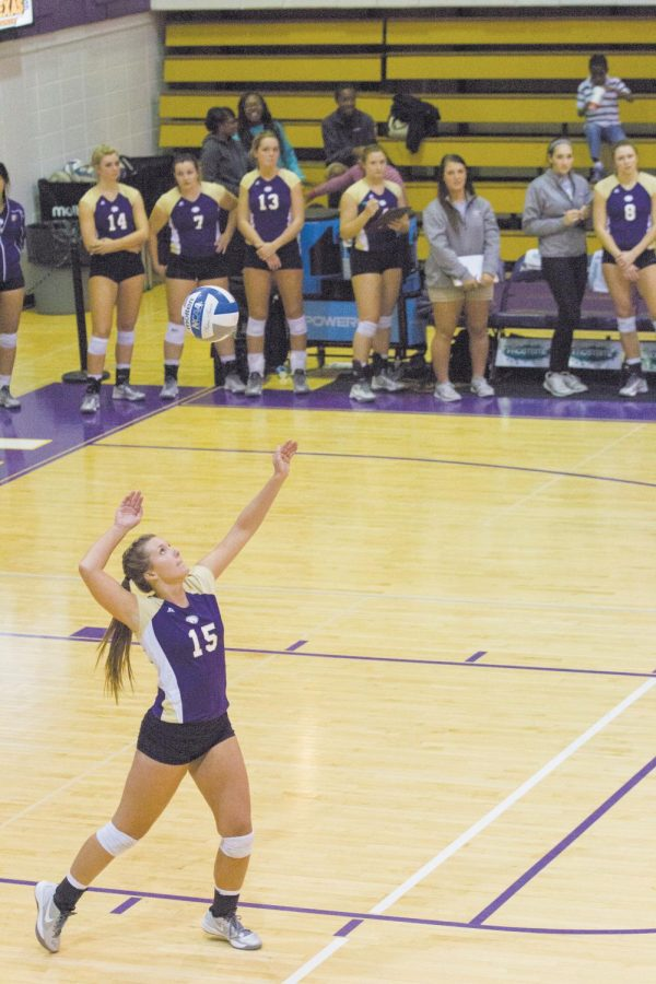 UNA+junior+Sarah+Ann+Tillery+serves+the+ball+to+the+Christian+Brothers+Buccanners+Friday+night.+The+Lions+volleyball+team+defeated+the+Bucs+3-0%2C+despite+squirrel+interference.