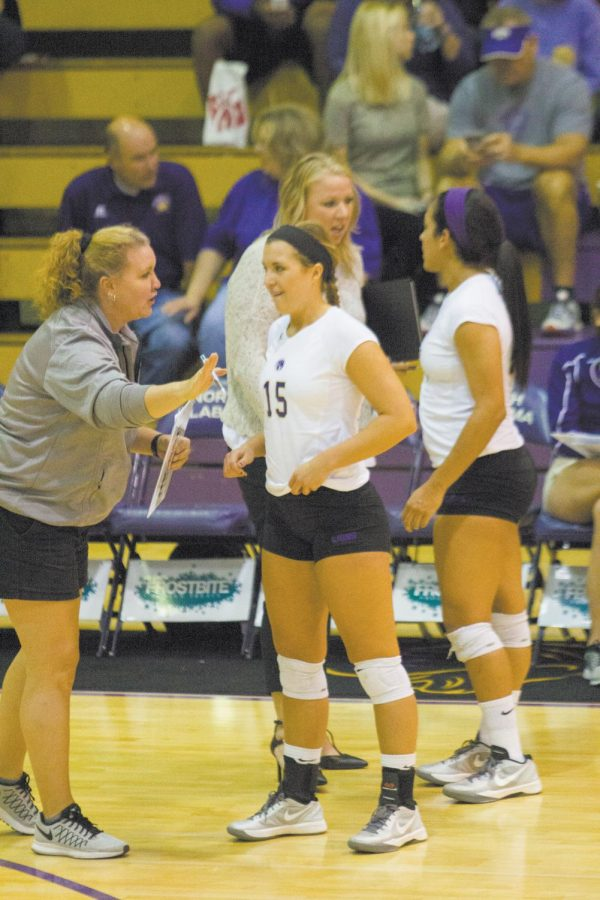 UNA+assistant+volleyball+coach+Jennifer+McCall+%28left%29+talks+to+junior+Sarah+Ann+Tillery+%2815%29+during+a+game+against+West+Alabama+Oct+13.+The+Lions+are+23-6+on+the+season+with+two+games+left+to+play.