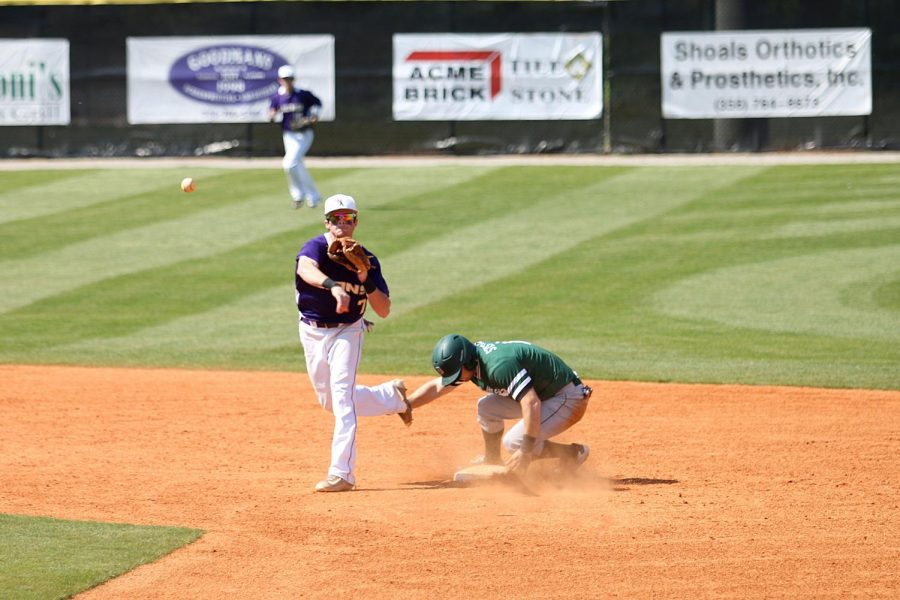 Senior+second+baseman+Kyle+Crabtree+attempts+to+turn+a+double+play+against+Delta+State+March+26+at+Mike+Lane+Field.+The+Lions+lost+three-straight+to+the+Statesmen%2C+falling+to+a+15-13+overall+record.