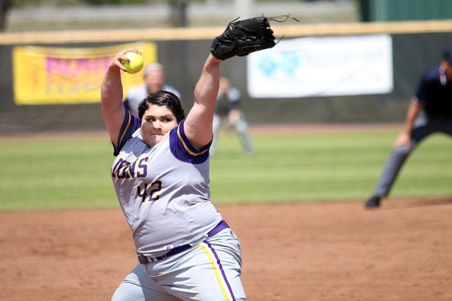 Junior+pitcher+Raven+Cole+winds+up+against+Mississippi+College+April+10+at+the+UNA+Softball+Complex.+Cole+tossed+a+no-hitter+against+the+Choctaws+April+9%2C+becoming+the+third+pitcher+in+school+history+to+do+so.