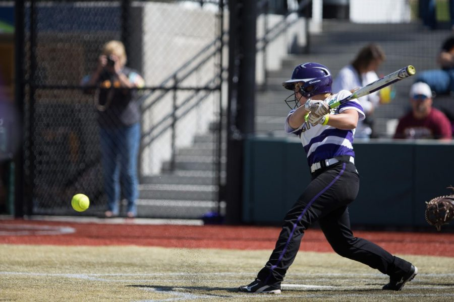Senior+Harlie+Barkley+hits+a+ground+ball+during+UNA%27s+5-1+win+against+Adelphi+University+May+18+at+the+Regency+Athletic+Complex+in+Denver.+Barkley+drove+in+three+runs+in+the+Lions%27+victory+over+Southern+Arkansas%2C+helping+UNA+advance+to+the+final+series+May+20-21.