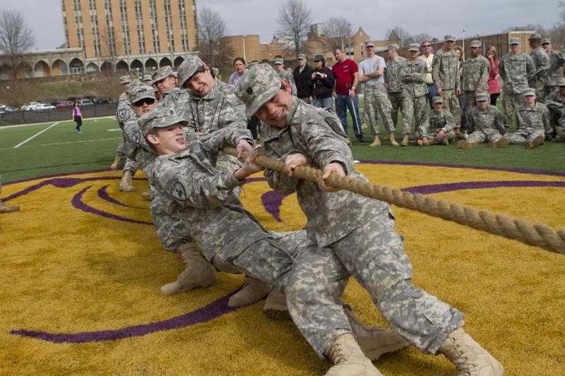 Junior+Reserve+Officers%E2%80%99+Training+Corps+students+participate+in+the+UNA+Army+ROTC-hosted+JROTC+Challenge+March+1%2C+2014.+The+ROTC+program+recently+celebrated+the+100th+anniversary+program.