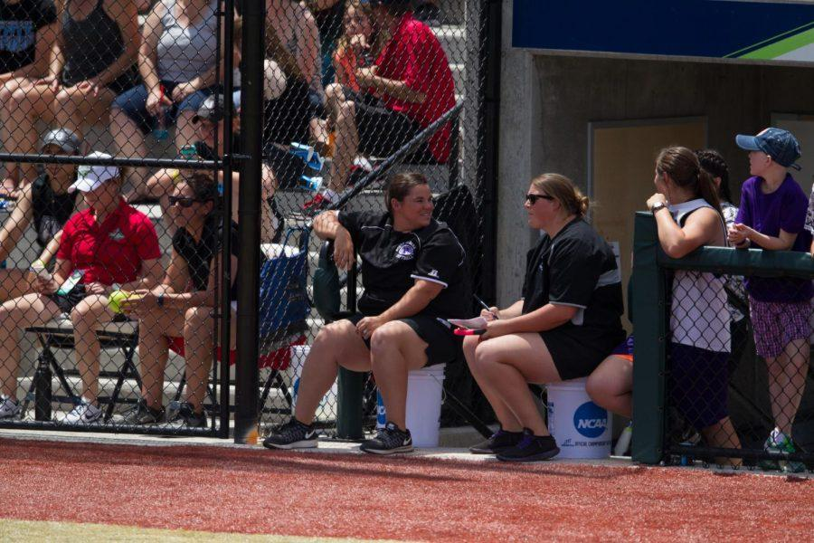 UNA+head+coach+Ashley+Cozart+%28left%29+and+assistant+coach+Whitney+Hawkins+discuss+a+pitching+strategy+during+the+2016+Division+II+Softball+Championship+final+against+Humboldt+State.+The+two+received+the+NFCA+coaching+staff+of+the+year+award+for+Division+II+June+6.