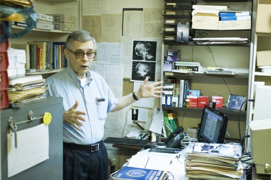 Professor+Emeritus+of+Psychology+George+Robinson+discusses+his+work.+Robinson+conducts+research+in+the+basement+of+the+Math+Building%2C+also+known+as+%E2%80%9Cthe+dungeon.%E2%80%9D