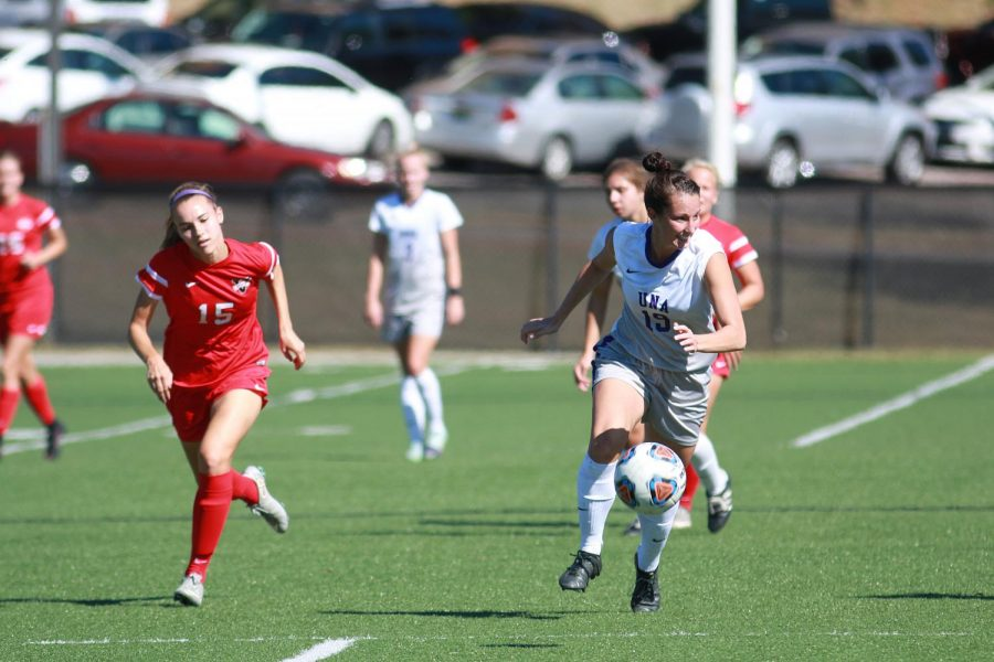 Senior defender Samantha Parrish dribbles the ball into Valdosta State territory in their game Oct. 23 in Florence. The two road games the team plays this week, Oct. 26 at Christian Brothers and Oct. 29 at Union, will determine their playoff fate.