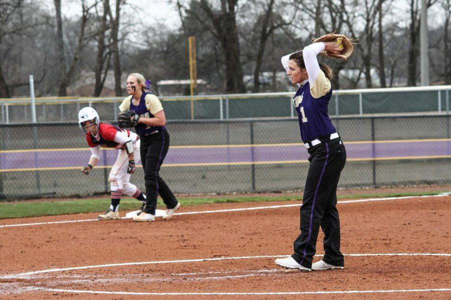 North+Alabama+pitcher+Hillary+Carpenter+winds+up+for+the+delivery+in+game+one+of+a+double+header+versus+Southern+Indiana+at+home.+The+Lions+dropped+their+first+home+opening+game+of+head+coach+Ashley+Cozart%27s+tenure+at+UNA.