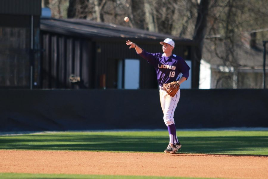 North+Alabama+infielder+Peyton+Sockwell+throws+a+ball+back+in+during+the+Lions%27+home+game+versus+Shorter+Feb.+25.+UNA+improved+to+10-5+on+the+season+with+the+12-1+blowout+of+Division+I+foe+Alabama+A%26amp%3BM+Feb.+28.