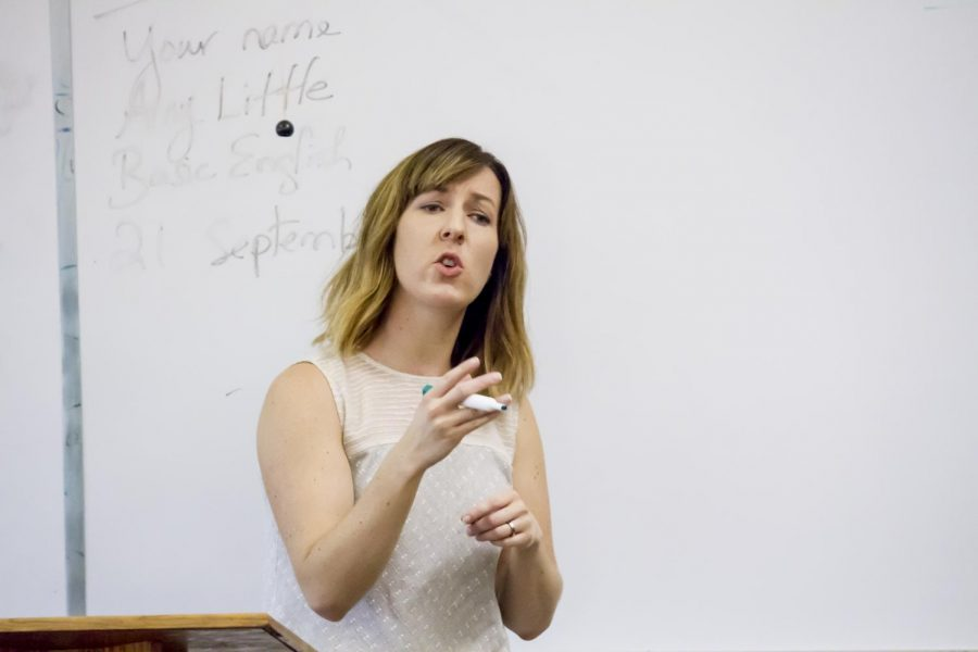 Assistant+Professor+of+English+Katie+Owens-Murphy+teaches+a+class+in+Bibb+Graves+Hall.+She+recently+sat+down+with+The+Flor-Ala+to+discuss+five+interesting+things+about+herself%2C+including+her+love+for+craft+beer+and+obsession+with+home+improvement+shows.