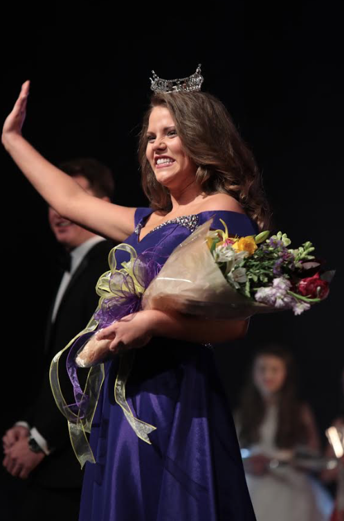 Caitlin McCrary crowned Miss UNA