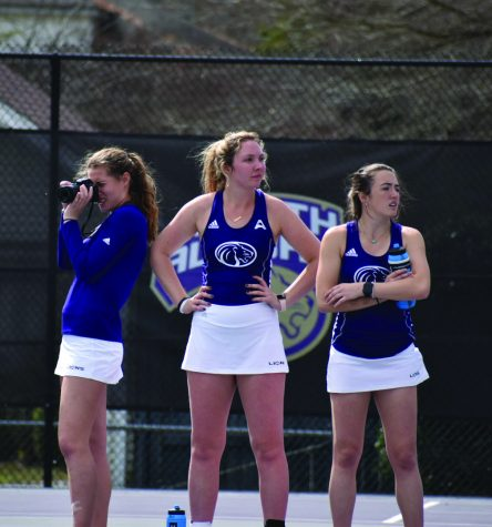 Tennis acclimating to individual seasons